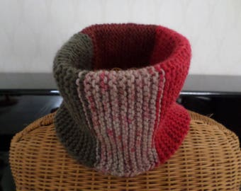 snood knitted in garter stitch colors