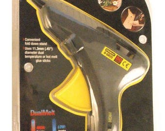 Stanley Brand Heavy-Duty, Dual-Melt, Glue-Gun  -  Uses Dual-Melt 11mm Glue Sticks
