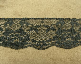 LACE of CALAIS - 5.5 cm - black embroidered on tulle