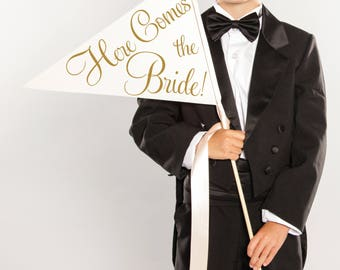 Here Comes The Bride Sign Handcrafted Wedding Banner Large Pennant Flag Wedding Sign Flower Girl Ring Bearer Flag Classic Script 1001 LW