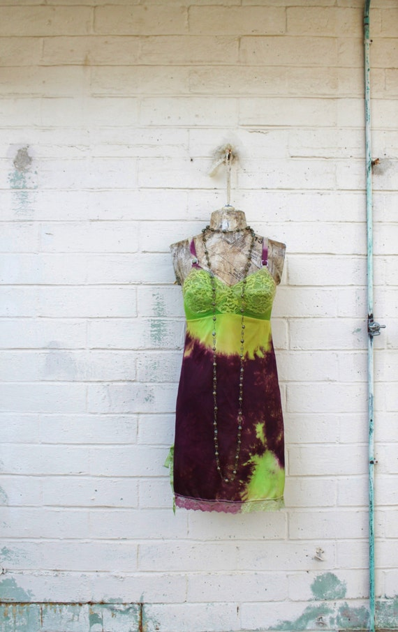 Small Lime and Burgundy Tie Dye Vintage Slip dress/Structured and Fitted Dress/Parisian Summer/Tie Dye Slip/Small Eco/Babydoll Dress/Hipster