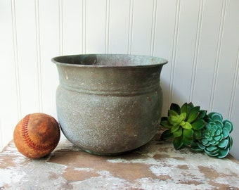 Vintage shabby brass planter pot verdigris patina spittoon cuspidor cachepot AS IS great look