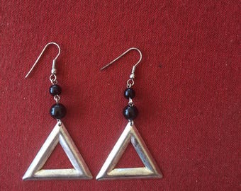 Vintage triangle earrings! Dangle earrings from the 90s, SHIPS IMMEDIATELY from USA!