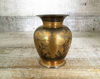 Vase Vintage Brass Vase Vintage Etched Vase Short Brass Vase Ornate Flower Vase Mid Century Vase Vintage Flower Vase Cottage Chic Decor Gift