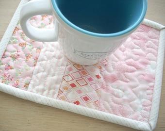 fresh cut in blush mug rug - FREE SHIPPING