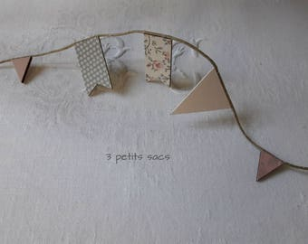 Garland mini flags in wood, paper, Acrylic paint. shabby