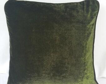 Olive gren velvat pillow. Velvet throw pillow. Soft velvet pillow cover with pipping edge. Custom made throw pillow.  18 inch.
