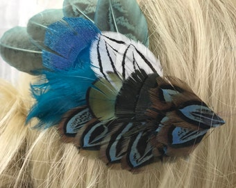 Sweet Blue Feather Hair Clip, Blue and Natural Feather Hair Clip, Mainly Blue Hair Accessory, Feather Hair Barrette, Feather jewelry