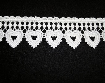 Venise Lace in a Heart Design