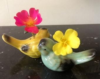 Love bird bud vase / salt and pepper shakers; vintage ceramic pair