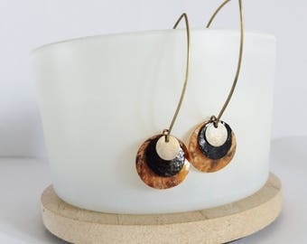 Earrings iridescent black and natural pearls