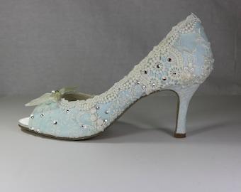 Something Blue Wedding Shoes .. Low Heel Wedding Shoes.. Vintage Lace Bridal Shoes .. Something Blue Bridal Shoes .  Peep toes .