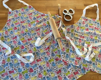 Cat Pattern Parent & Toddler Apron Set Gift