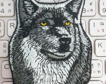 Wolf Iron on patch - Wolf Applique Embroidered Iron on Patch