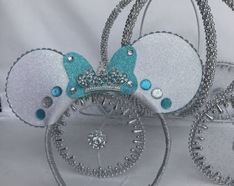 Minnie Mouse Inspired Headband, Sparkly Minnie Mouse ears, Minnie Tiara Headband