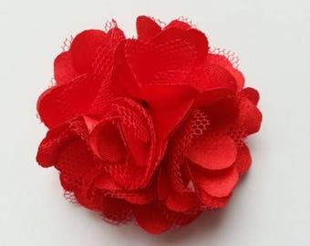rosette  fleur  satin et tulle rouge 50mm