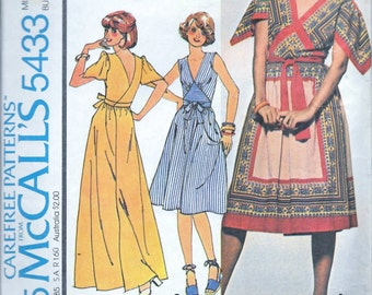 Vintage 1970s McCall's 5433 WRAP DRESS Sewing Pattern Boho Size Small