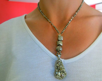 Necklace chic pyrite pendant and a large pyrite.