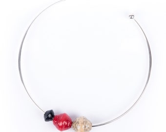 Mushida necklace / comes with extra beads in various colors