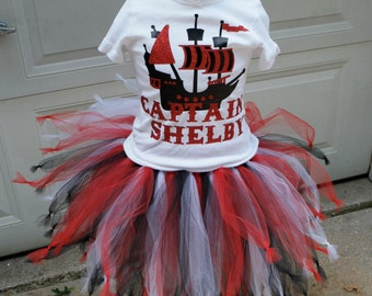Girls Pirate Dress; GIrls Pirate Tutu Costume; Girls Pirate theme dress; Halloween Costume for girls; Girls birthday dress; Pirate tulle set