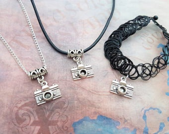 Camera Choker, Photographer Necklace, Retro Jewelry, Vintage Camera Charm, Photo Pendant, Gift For Her, Photography Gift, 90s Tattoo Choker