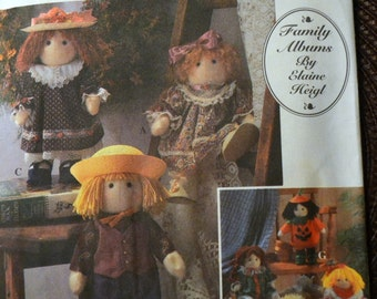 Vintage Sewing Pattern Simplicity 8763 12 inch Dolls Uncut and Complete Felt Dolls