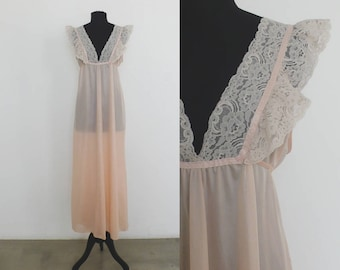 Late 1950s Pink Coral Sheer Nightgown | size large