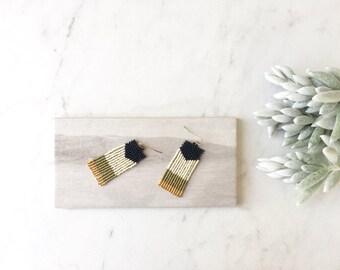 T H E . W E E K E N D E R // Boho Beaded Fringe Earrings, Tassel Earrings, Southwestern Earrings