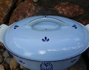 Descoware blue enameled casserole dish, dutch oven, made in Holland, roaster, enameled cast iron, cast iron cookware, cast iron dutch oven