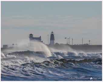 Narragansett Lighthouse, Pt Judith, Ocean, Waves, Rhode Island, Galilee