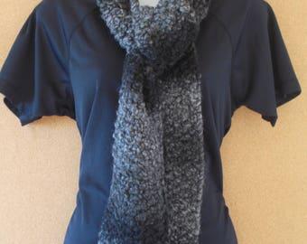 Nuanced grey scarf
