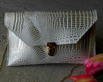 Evening clutch cream purse with gold chain, Envelope purse, Wedding clutch, Cross body purse, Gift for her