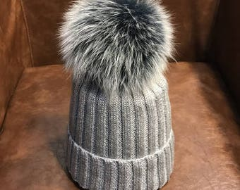Sliver Beanies Snow Gray Fox Furry Balls Hats Pompoms Handcraft Winter Soft Hats Fashion Women hats Genuine Fuzzy Puffs Beanies