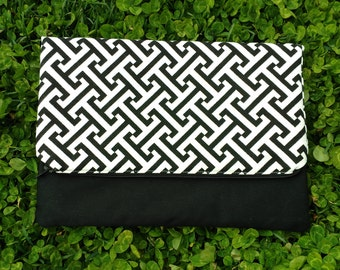 Black and White Pattern Fold Over Clutch |Fold Over Bag |Clutch Handbag |Bridesmaid Gift