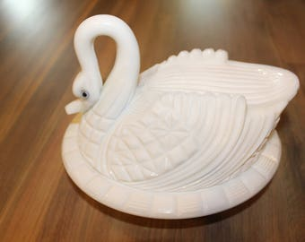 Challinor Milk Glass Swan