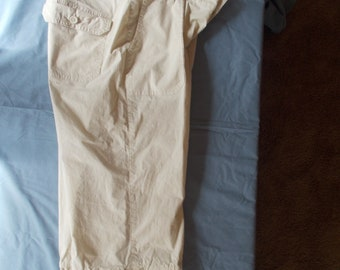 A.N.A - A New Approach Beige Capris Size 8P NWT