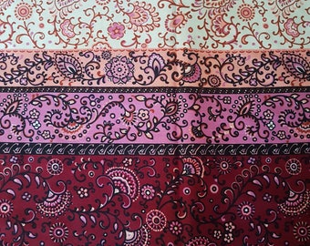 3.2+ meters Vintage Border Print Fabric//70s Paisley floral Fabric//Dress, Skirt