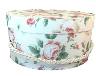 Small Hat Box in White with Pink Roses Fabric, Ready to ship French Cottage Decor, Fabric Covered Box, Lid, Keepsake Box, Decorative Box