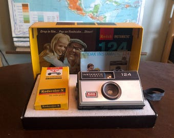 Vintage Kodak Instamatic Camera with Cool Display Box and Accessories