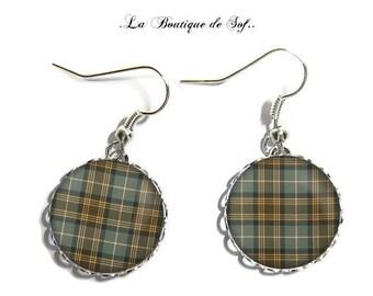 Earrings, silver, glass cabochon, 18 mm Scottish tartan (180218)
