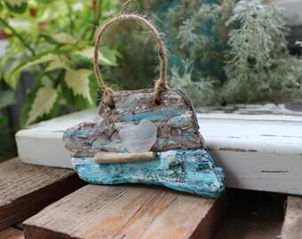 Beach Love a Romantic Driftwood and Seaglass Heart Natural Ornament , Coastal Holiday