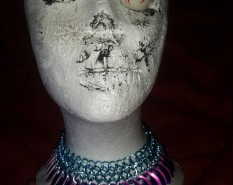 Reversible scalemaille choker/collar