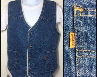 Vintage 1970's Levi's size Large Fleece Lined Denim Blue Jean Vest 2 Pocket Orange Tab made in USA #1897