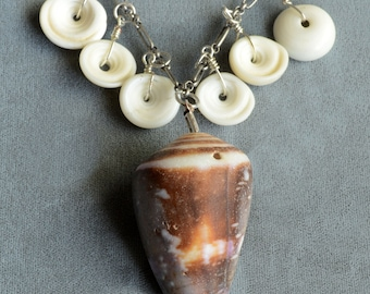 Puka Shell & Spiral Shell Pendant Necklace