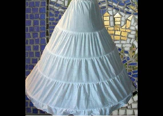 Renaissance Hoop Skirt for Halloween Theater Cosplay