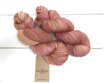 Brick - semi solid -  Hand dyed yarn, 100% Superwashed  Extrafine Merino wool  100 gram/ 400m