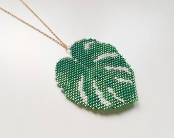 Necklace Monstera