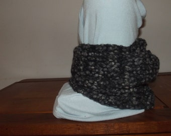 75% hand knitted wool SNOOD