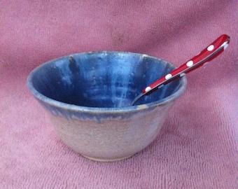 V stoneware Bowl