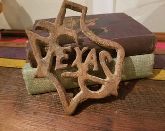 Vintage Cast Iron Texas Sign Dimensions 5 inches x 6 inches